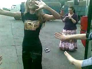Девушки кавказа танцуют лезгинку. Добавлено. 0239.